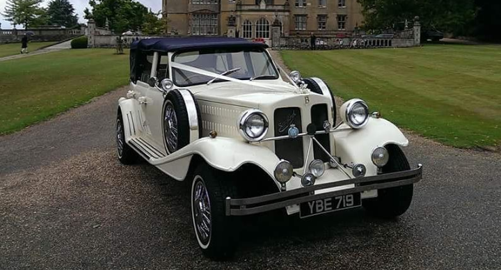 Beauford with Navy Roof